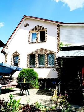 Кирпичный жилой дом 140 кв.м. на супер участке 15 соток. - Фото 1