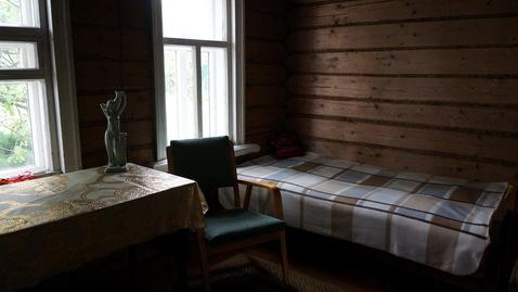 Добротный ухоженный дом из бревна с печным отоплением - Фото 5