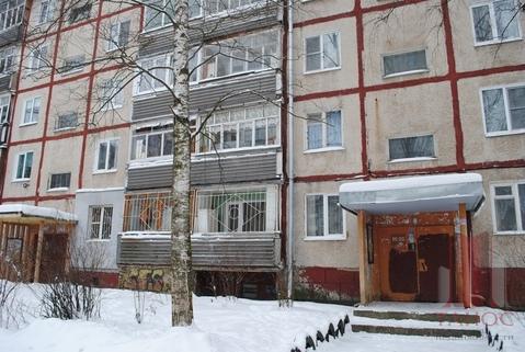 1 650 000 Руб., Продается 2-ка. Дзержинский район, Купить квартиру в Ярославле по недорогой цене, ID объекта - 325497917 - Фото 1