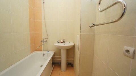 Купить квартиру в Новороссийске, дом монолитный, закрытая территория. - Фото 3