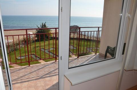 Трехкомнатная квартира у моря в Болгарии - Фото 4