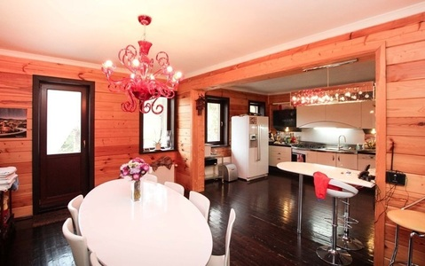 Дом бревенчаный с баней - Фото 2