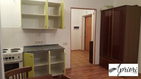 Сдается 1 комнатная квартира - студия пос. Свердловский ул. Михаила Ма - Фото 1