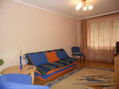 Продаётся 2-х ккв. г. Ялте ул. Манагарова, (центр). - Фото 1
