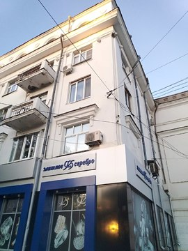 3х комнатная квартира на ул. Мичурина, д.8. Сталинка - Фото 1