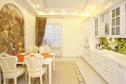 Продам 2-этажн. коттедж 346 кв.м. Тюмень - Фото 1