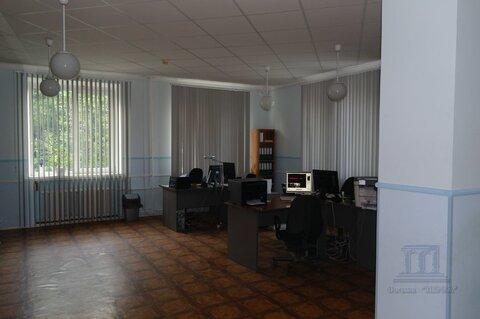 Продается офисно-складское здание 670 м2 с жилыми помещениями - Фото 1