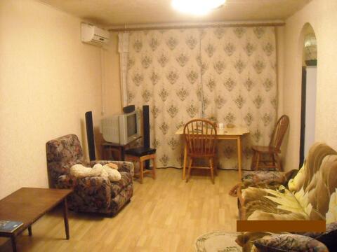 Продаём 2-х комнатную квартиру по улице Рабочая//М.Горького - Фото 1