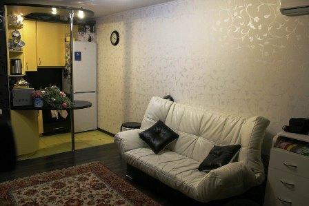 Продам 2-комн. квартиру ул.Вятская Гостинная-студия+спальная - Фото 5