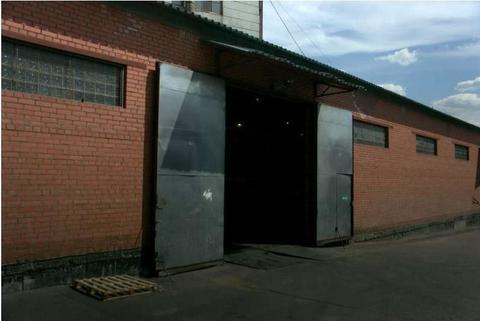 Сдаются отапливаемые склад, 1-й этаж, потолки 5 м, кран балки нет, с - Фото 2