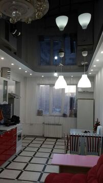 Отличная двух комнатная квартира в Ленинский районе города Кемерово - Фото 1