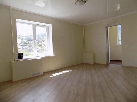 Продаётся 3-х комнатная квартира в Ялте ул. Жадановского - Фото 1