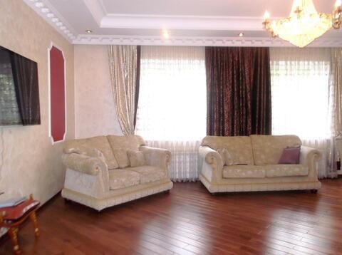Продам 2-этажный коттедж 400 м2 , на участке 12 сот,7 км до МКАД - Фото 4