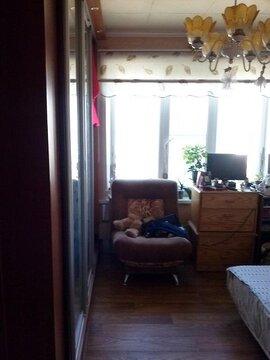 Трехкомнатная квартира в п. Ржавки - Фото 1