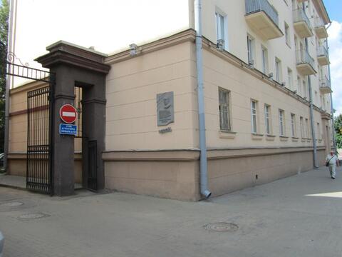 Однокомнатная сталинка в центре Минска. Шикарное место для бизнеса. - Фото 1