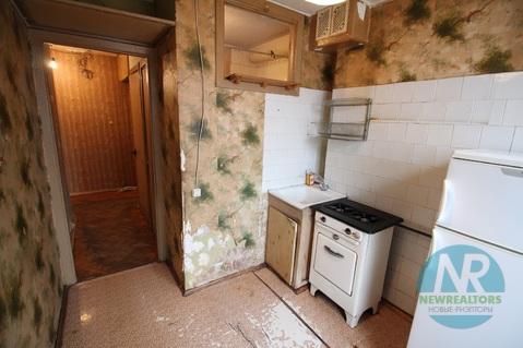 Продается 2 комнатная квартира на улице Окской - Фото 2