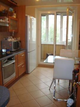 Продается трех комнатная квартира с двумя санузлами и балконами - Фото 1