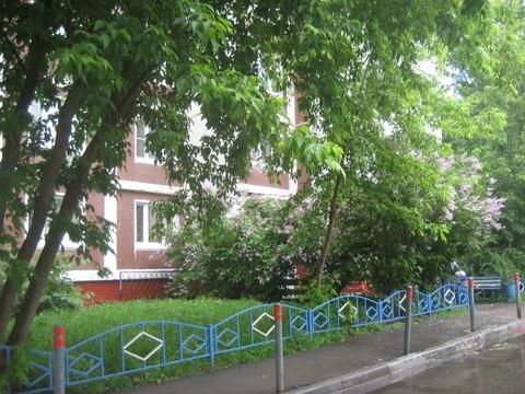 Продается 1 комнатная квартира м. Алма-Атинская, ул. Алма-Атинская д.2 - Фото 1