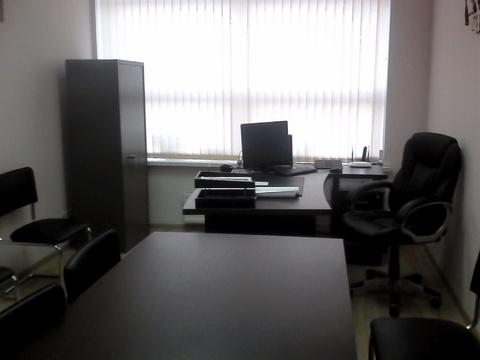 Офисное помещение с мебелью. Первый этаж, отдельный вход. - Фото 4