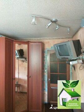 Сдам комнату в трехкомнатной квартире - Фото 1