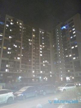 Сдается 1 к. квартира 42м2 на Богатырском пр. д.60/2 - Фото 1