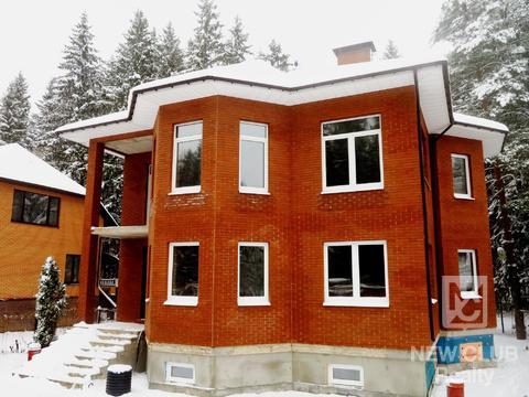 Полностью кирпичный дом 260 кв.м, ж/б перекрытия, 4 уровня. - Фото 1