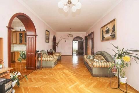 Продам 4-комн. кв. 164 кв.м. Тюмень, Пржевальского - Фото 1