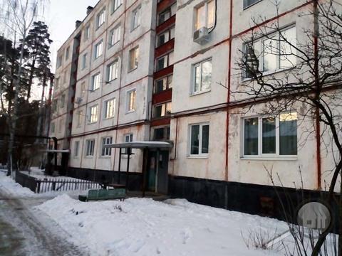 Продается 2-комнатная квартира, ул. 2-ой Военный городок - Фото 1