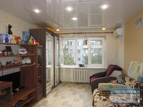 Комната, Логовская, дом 5 17,5 кв.м. в отличном состоянии - Фото 1