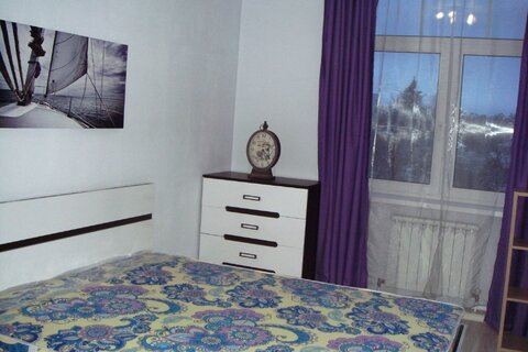 Сдается 2 комн квартира в центре Звенигорода 30 т.р. - Фото 1