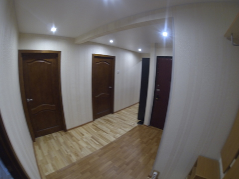 Продается трехкомнатная квартира в центре города. - Фото 3