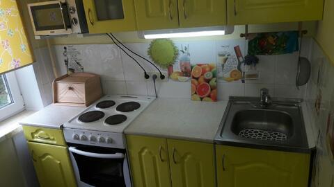 Трехкомнатная квартира в г. Кемерово, Ленинский, бр.Строителей, 46 а - Фото 1