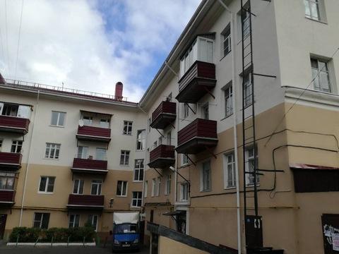 Комната с балконом в центре города - Фото 1