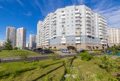 Купить 2-комнатную квартиру в Приморском районе - Фото 2