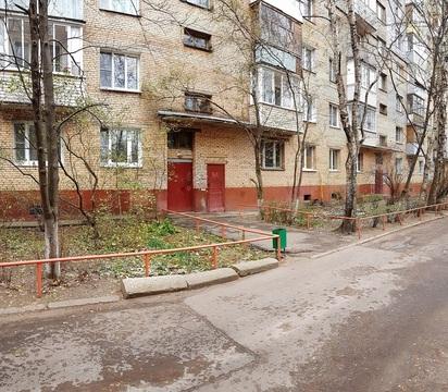 Продается 2-комнатная квартира(распашонка) с 2-мя балконами - Фото 2