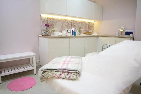 Оборудованное помещение для работы косметолога