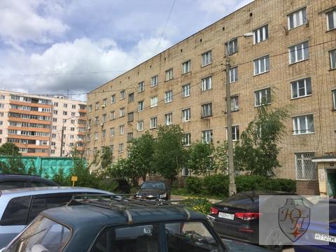 Комната с ремонтом и душевой кабиной Можайск, Мира, 6а - Фото 1