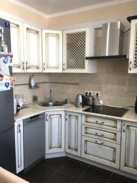 Продается 1-комнатная квартира по ул. Светлая, 7. Город «Спутник», ев - Фото 1