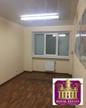 Сдаётся офисное помещение на 1 этаже по ул. Кечкеметская - Фото 1
