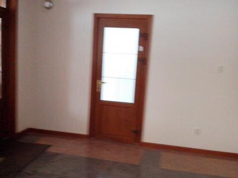 Офисное помещение на первом этаже бизнес-центра. - Фото 2