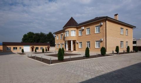 Торгово-производственный комплекс 1772 кв.м. в Невинномысске - Фото 1