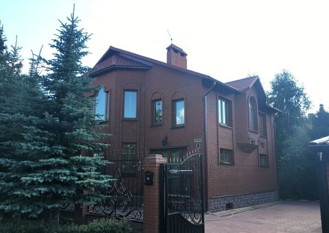 Дом в Климовске - Фото 1