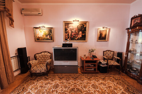 В самом центре Ялты, на Набережной продаётся двухкомнатная квартира на - Фото 4
