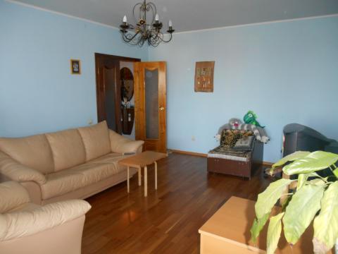 3-х квартира ул. Дзержинского 10 - Фото 1