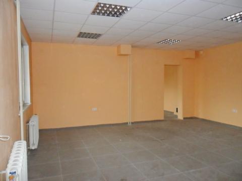 Торгово-офисное помещение с отдельным входом в г. Кемерово - Фото 2