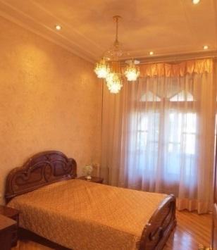 Сдам уютную, большую квартиру в центре города (ном. объекта: 40571) - Фото 1