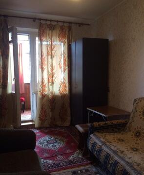 Сдается комната с балконом в 2х к.квартире - Фото 1