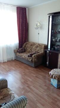 Трёхкомнатная квартира в Приморском районе, города Таганрог. - Фото 1