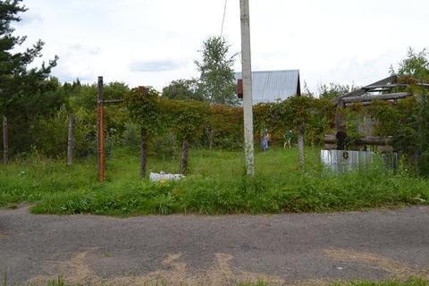 Участок шесть соток правильной формы в черте поселка Кленово - Фото 3