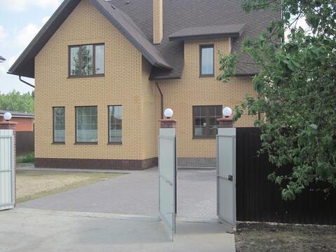 Современный кирпичный дом, центр. коммуникации, Киевское ш, Апрелевка - Фото 1